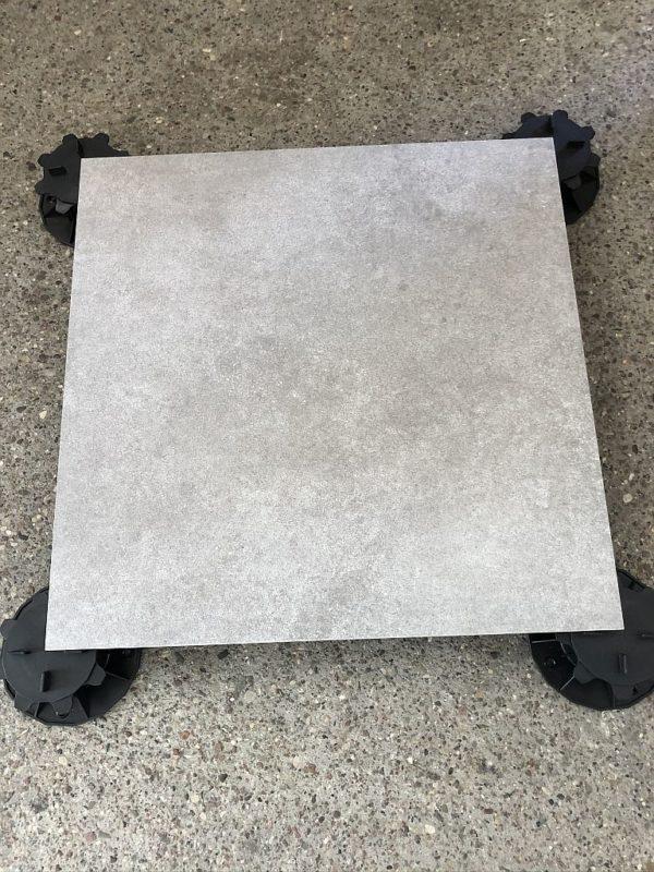 gres sierra grau kąt 600x800 - Płyta Tarasowa Gresowa Grau 60x60x2cm
