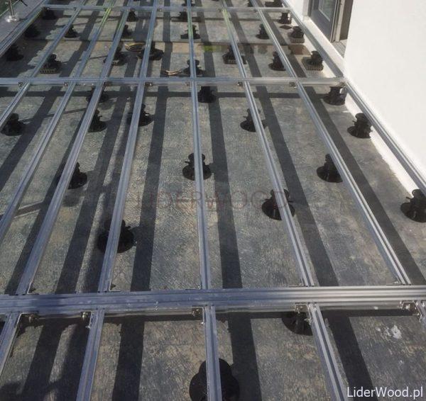 deska kompozytowalegary aluminiowe wsporniki 11 600x566 - Legar Aluminiowy 40x30 - dł. 4m